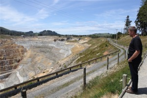 On our way around NZ we stopped in Waihi where Pete's family came from. This is the area being mined.
